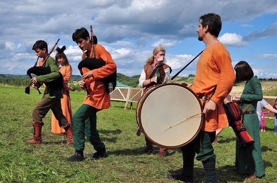 Medieval Musical Parade