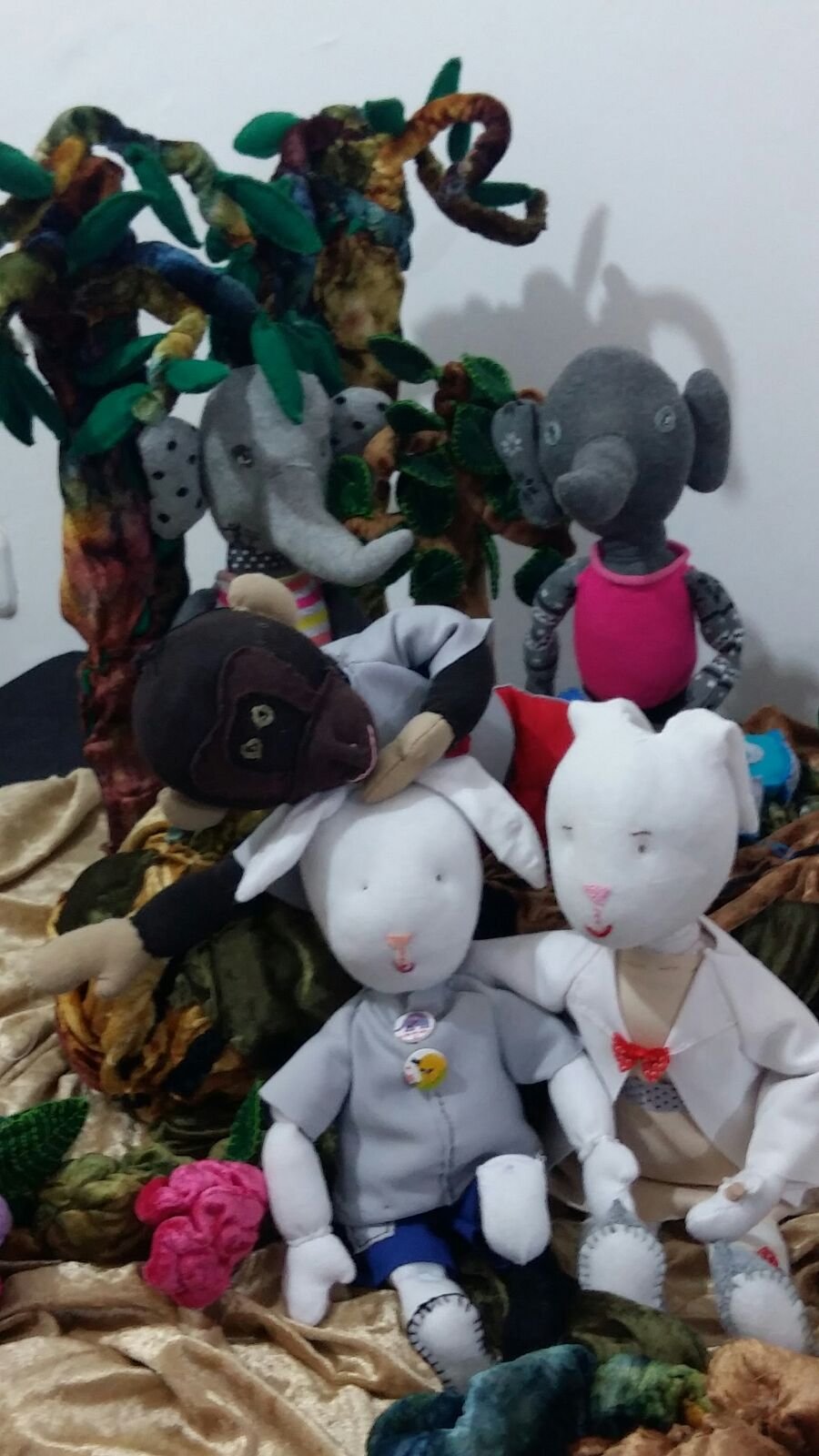Molly & The Monkeys: INTERACTIVE PUPPET SHOW