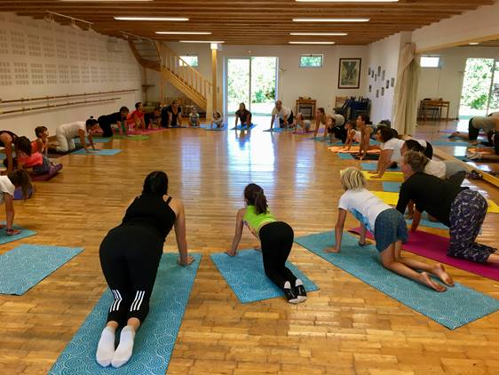 YOGA FOR PARENTS AND CHILDREN